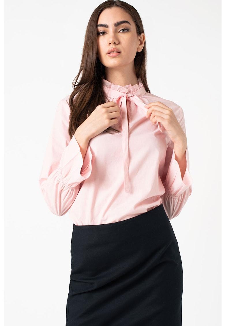 Bluza cu model in dungi - mansete tip clopot si guler cu funda din panglici