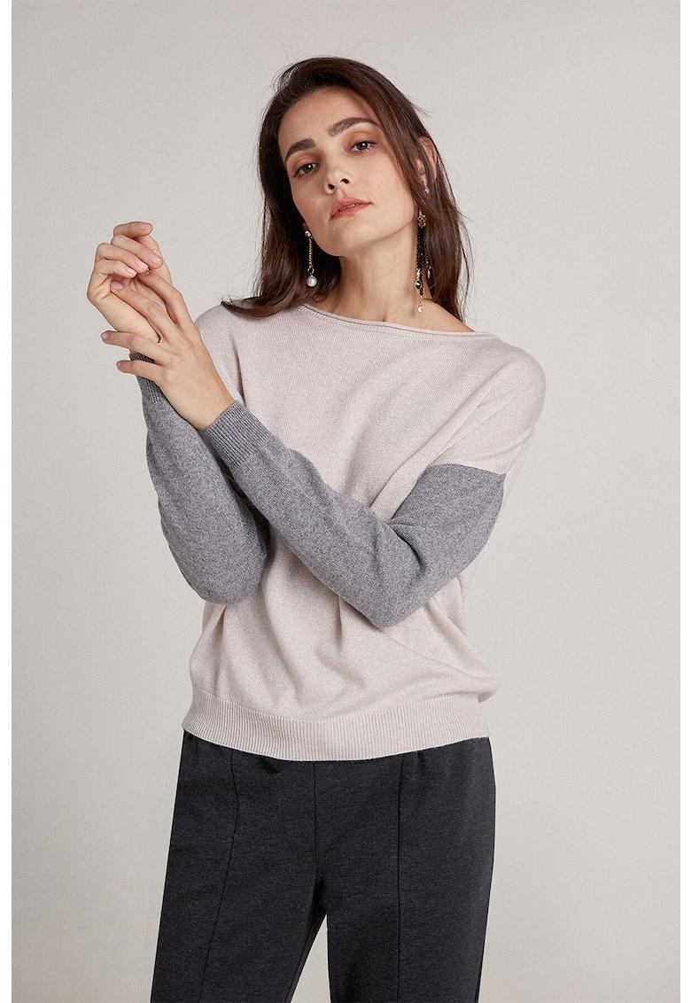 Pulover din amestec de lana cu maneci cazute si model colorblock
