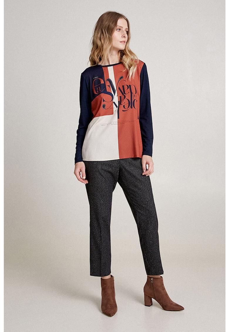 Pantaloni conici din amestec de lana cu imprimeu in carouri imagine promotie