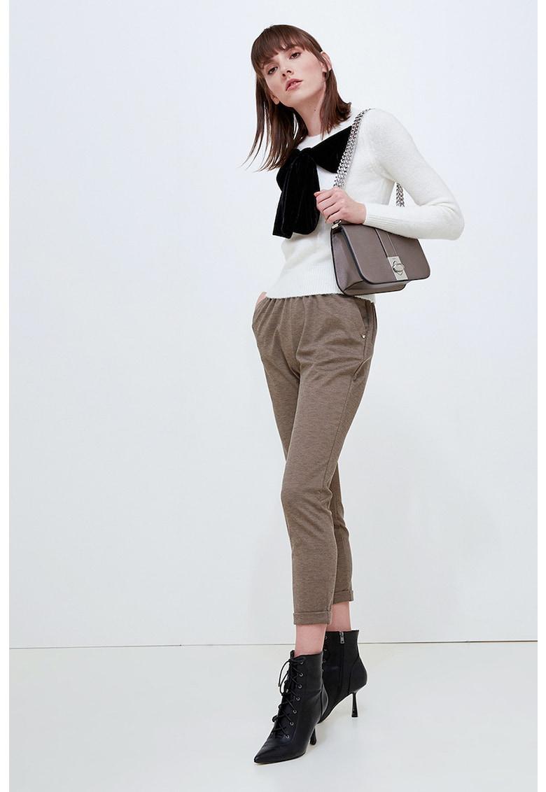 Pantaloni crop cu talie elastica imagine promotie