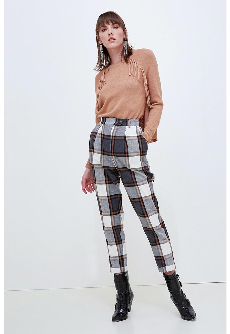 Pantaloni cu talie inalta si model tartan imagine promotie
