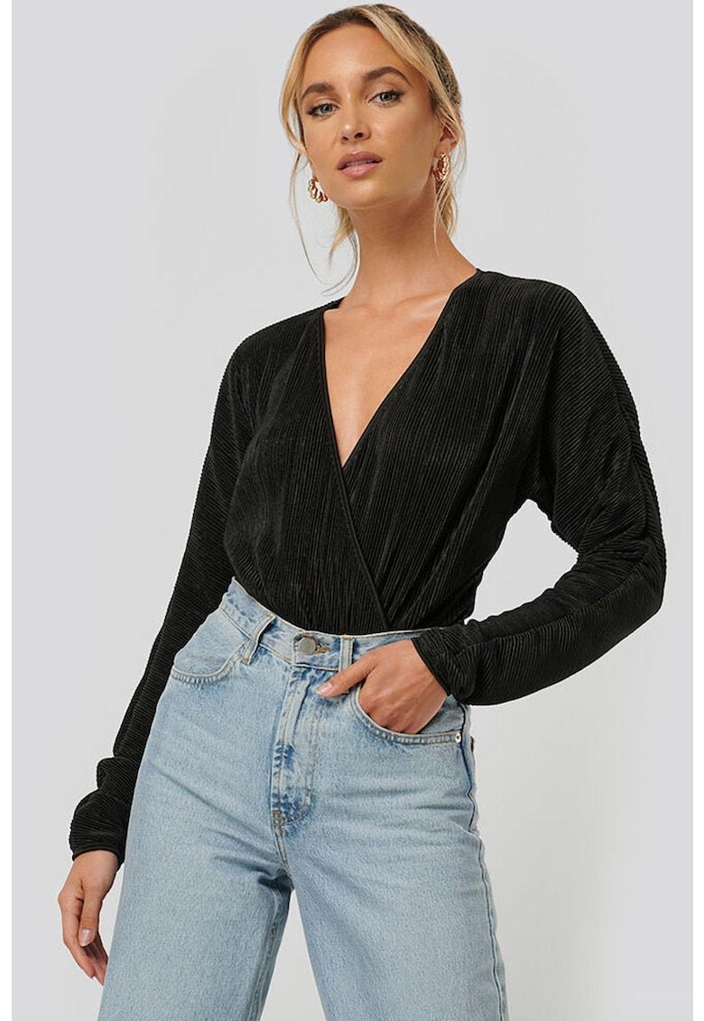 Bluza tip body cu decolteu cache-coeur - cu aspect plisat imagine