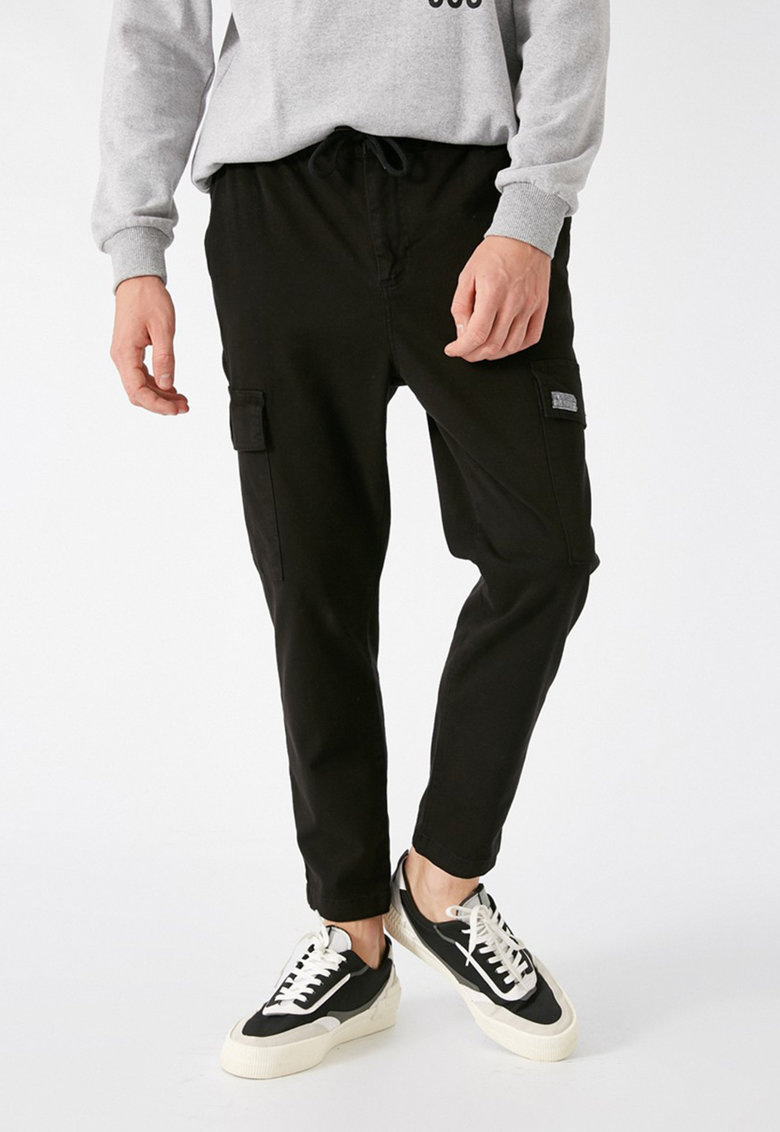 Pantaloni sport cargo imagine