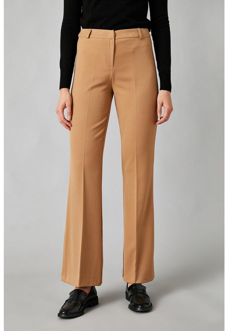 Pantaloni eleganti evazati