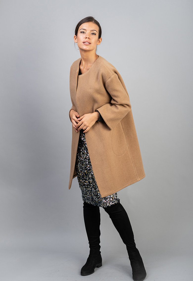 Palton din amestec de lana cu cordon in talie