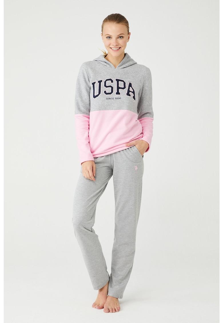 Pijama cu gluga si aplicatie logo
