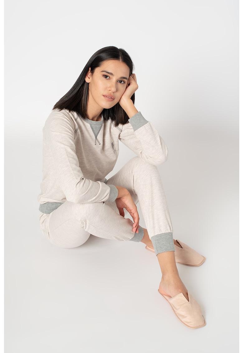 Pijama cu maneci raglan si terminatii contrastante