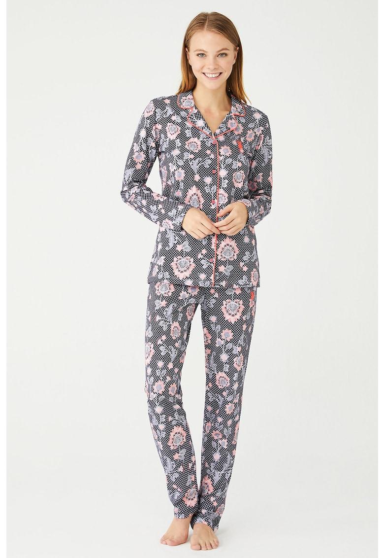 Pijama cu model floral