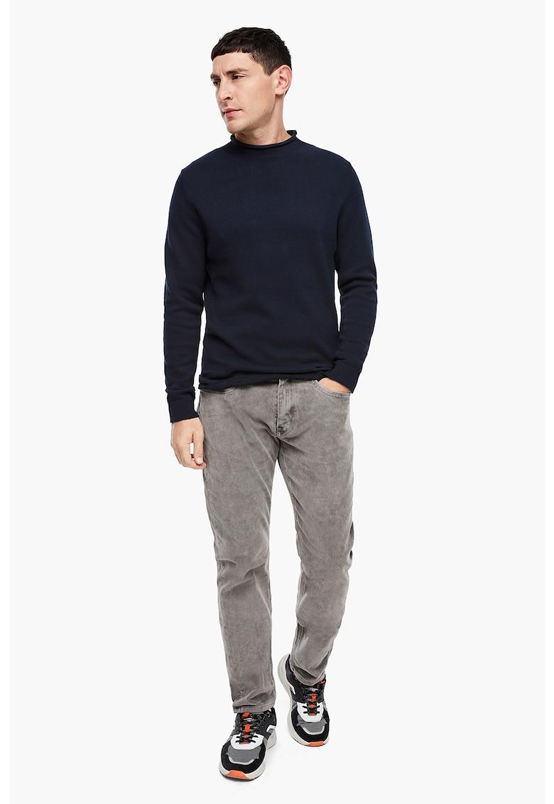 Pulover tricotat fin cu guler mediu pliabil