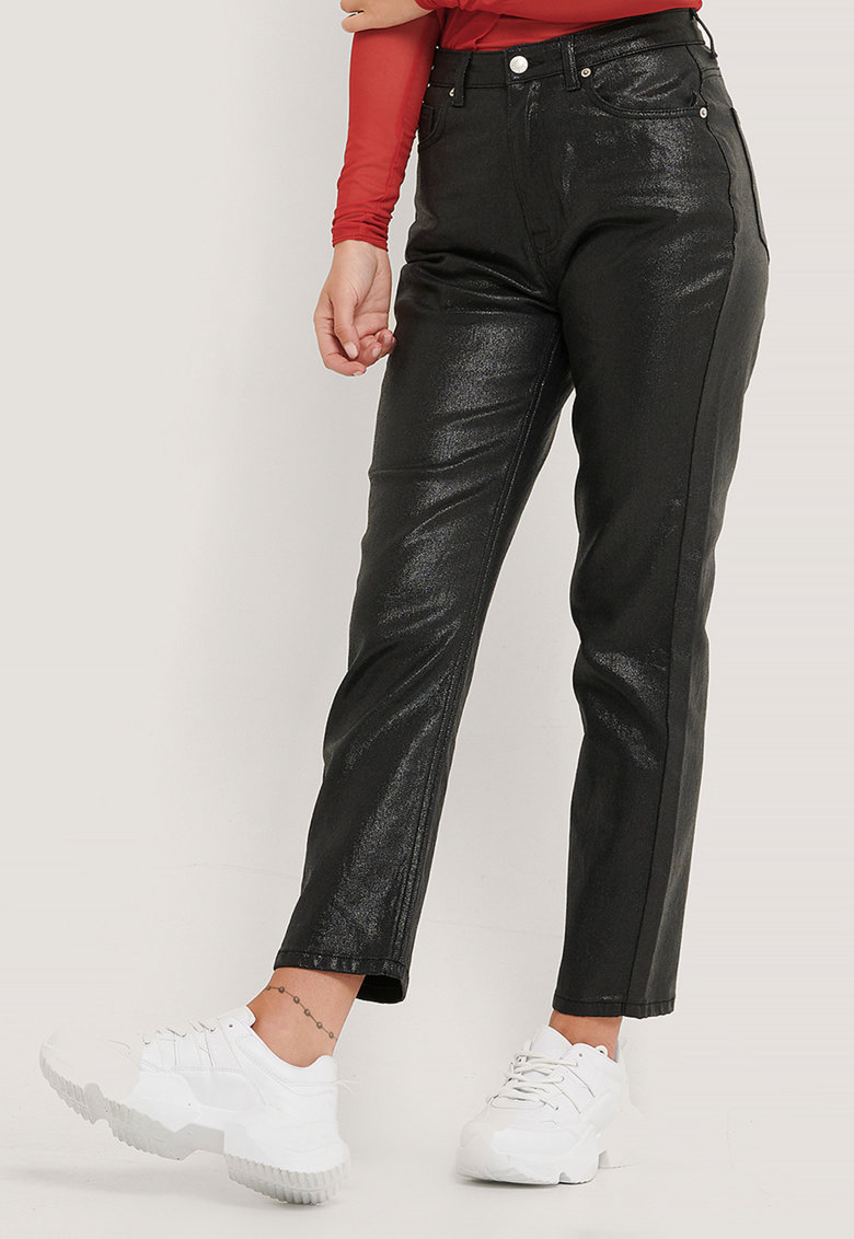Pantaloni crop cu aspect peliculizat