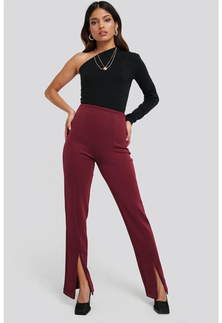 Pantaloni evazati cu slituri frontale cu fermoar