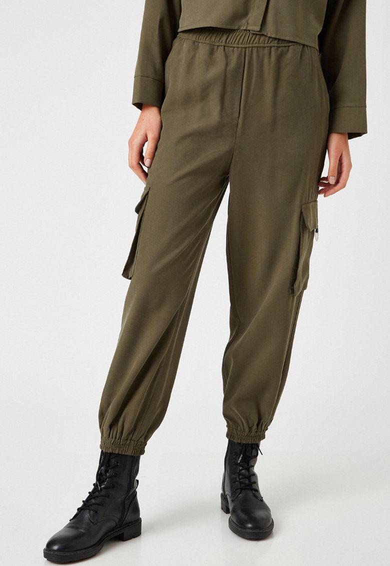Pantaloni cargo cu talie inalta imagine fashiondays.ro