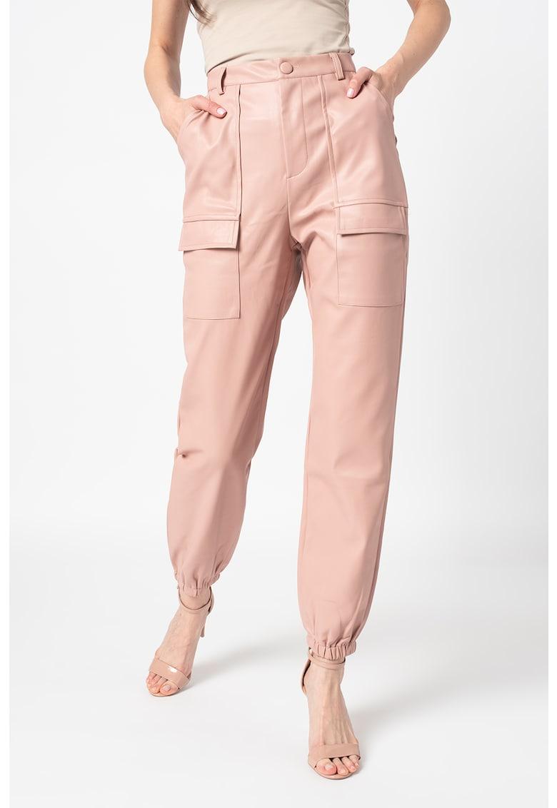 Pantaloni de piele ecologica - cu talie inalta