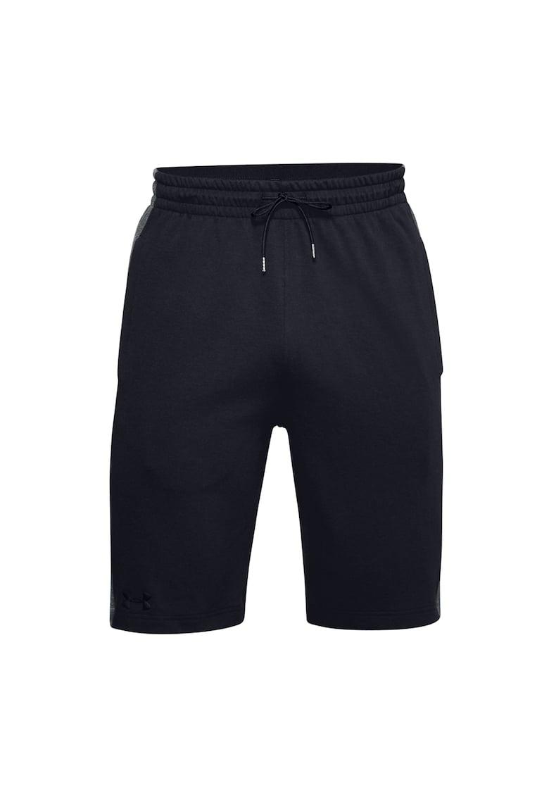 Bermude sport elastice - pentru antrenament Double Knit imagine fashiondays.ro Under Armour