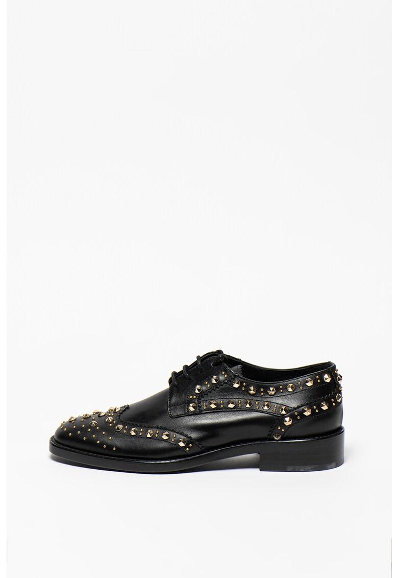 Pantofi din piele cu model brogue si aplicatii cu tinte Stringata