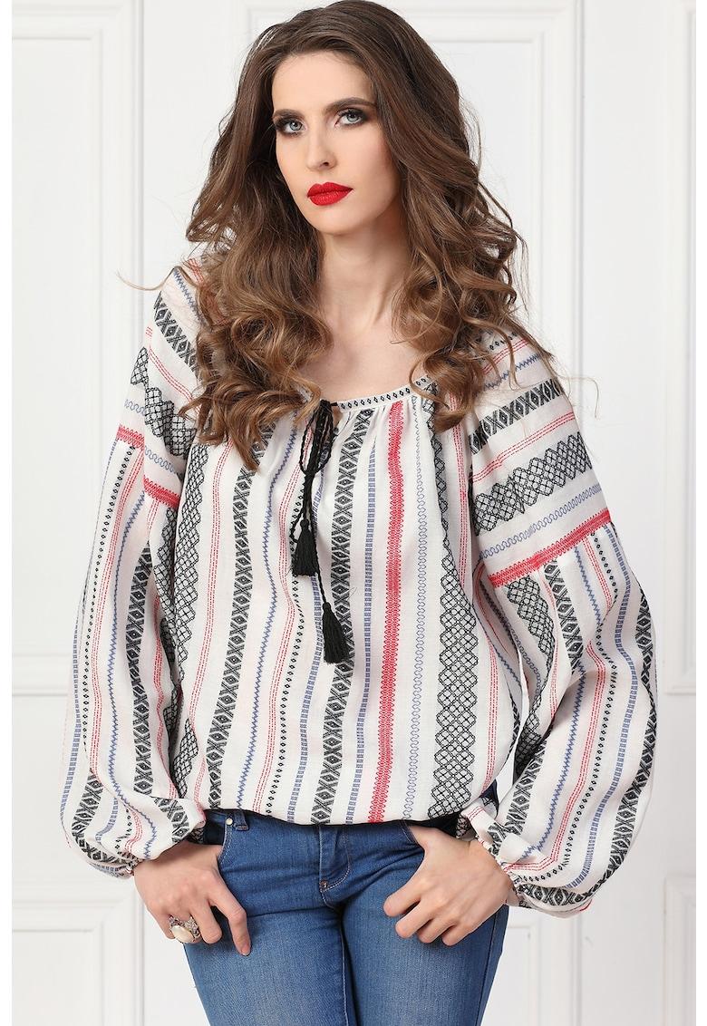 Bluza tip tunica din material marquisette cu model traditional imagine