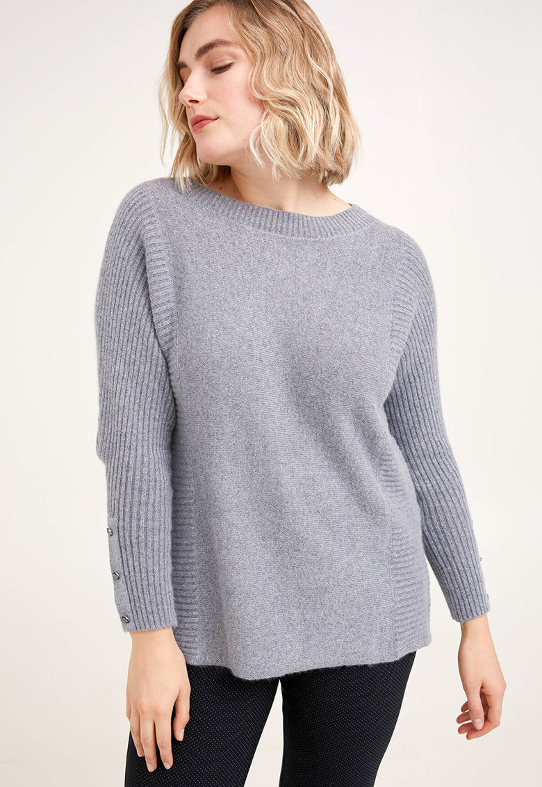 Pulover din amestec de lana cu margini striate
