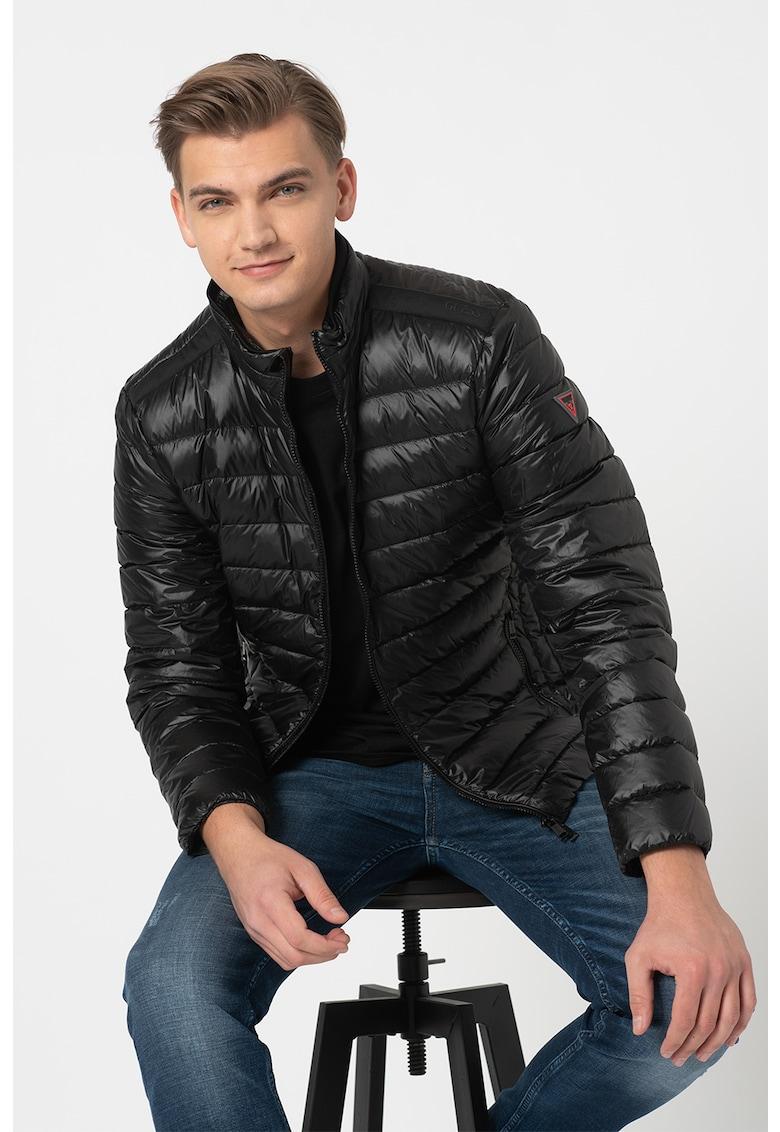 Jacheta cu umplutura de puf si aspect matlasat