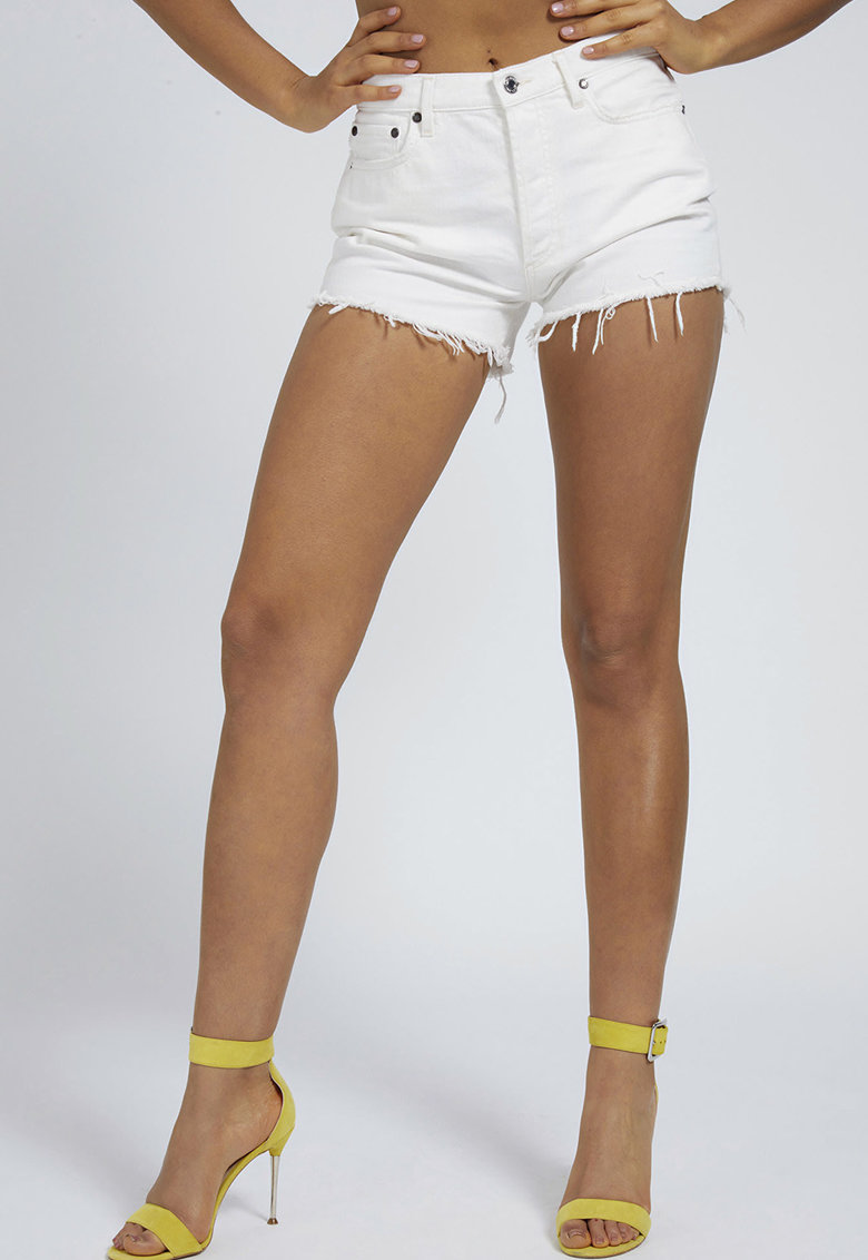 Pantaloni scurti din denim - cu franjuri imagine