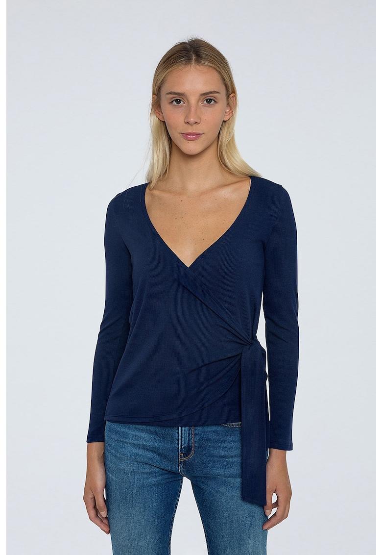 Bluza petrecuta tricotata fin