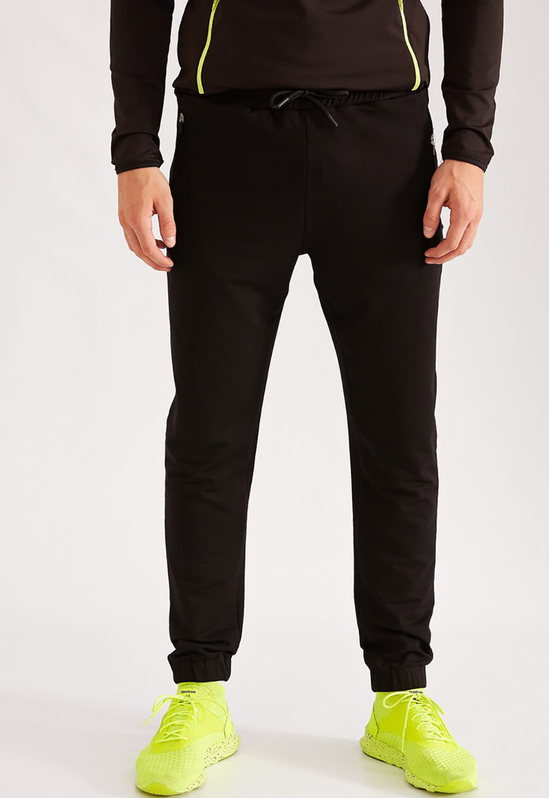 Pantaloni sport cu margini elastice