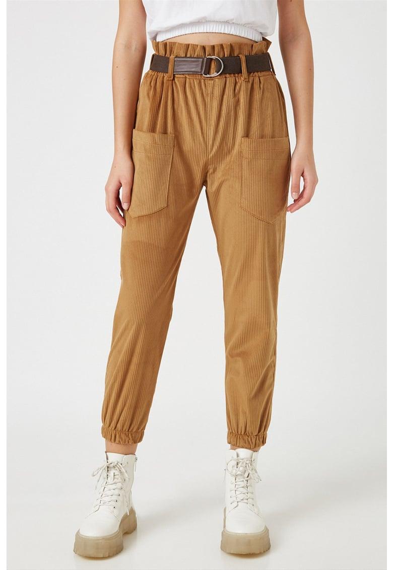 Pantaloni de reiat cu buzunare aplicate