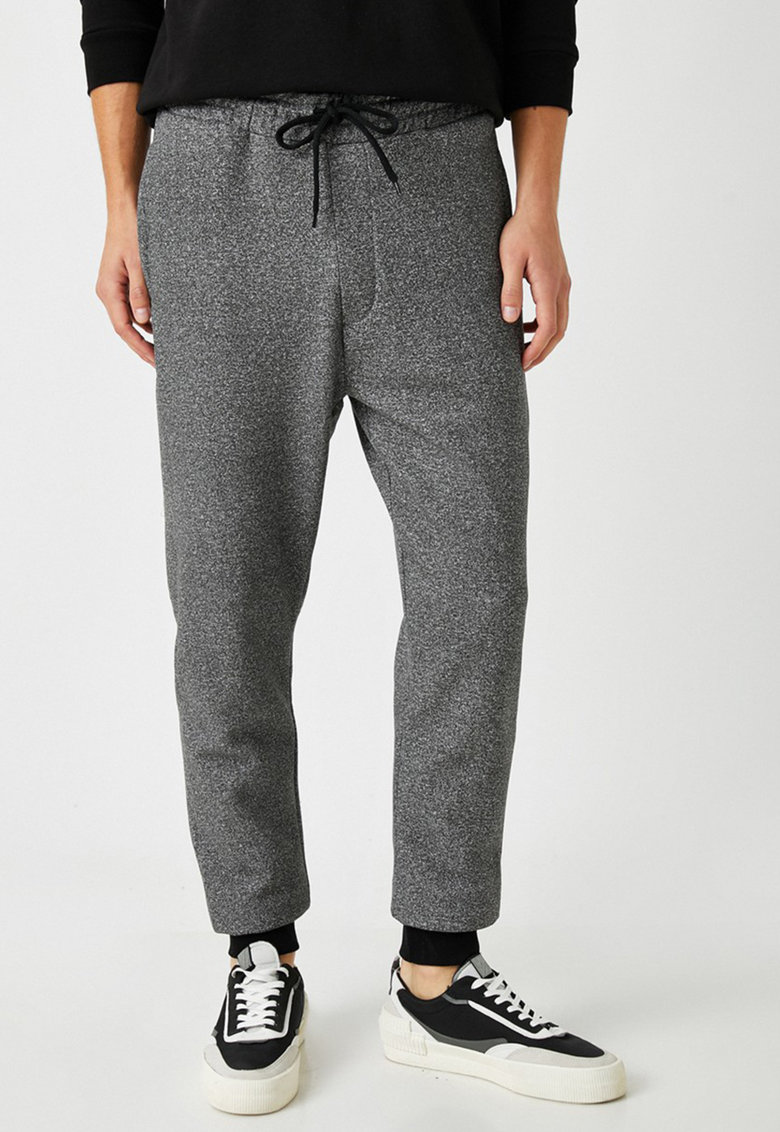 Pantaloni sport cu snur 137