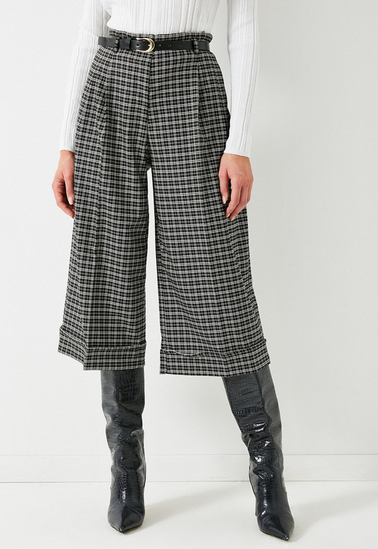Pantaloni culotte in carouri cu terminatie pliabila imagine fashiondays.ro