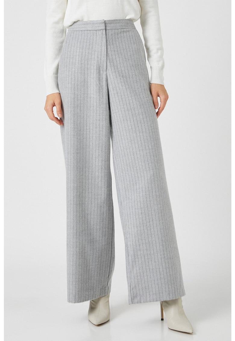 Pantaloni palazzo cu dungi discrete