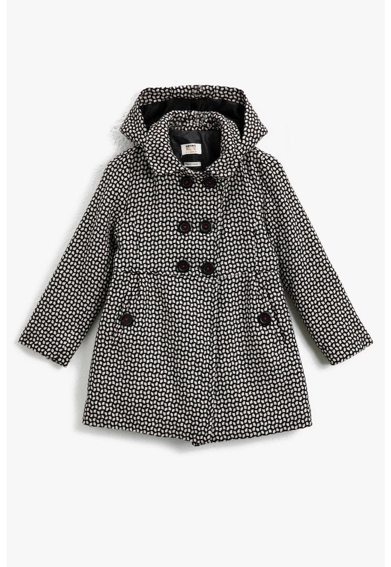 Palton cu gluga si model