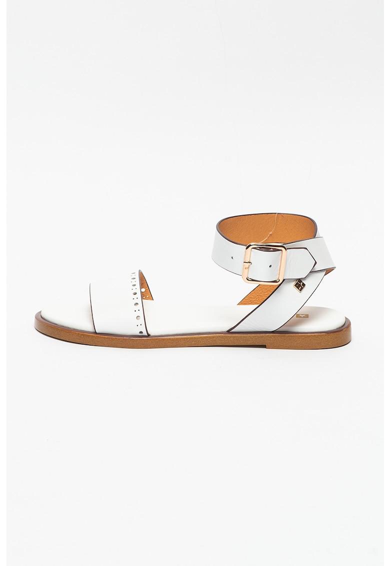 Sandal de piele cu decupaje imagine fashiondays.ro Big Star