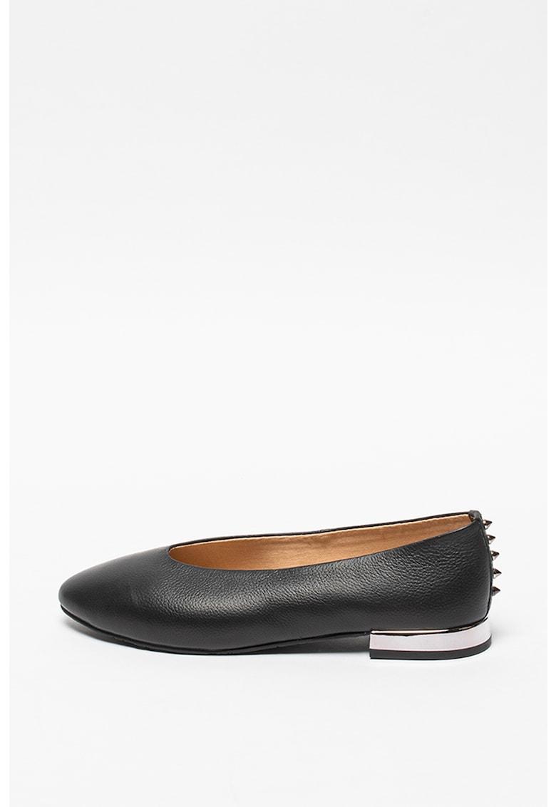 Pantofi de piele cu varf migdalat Cuyler