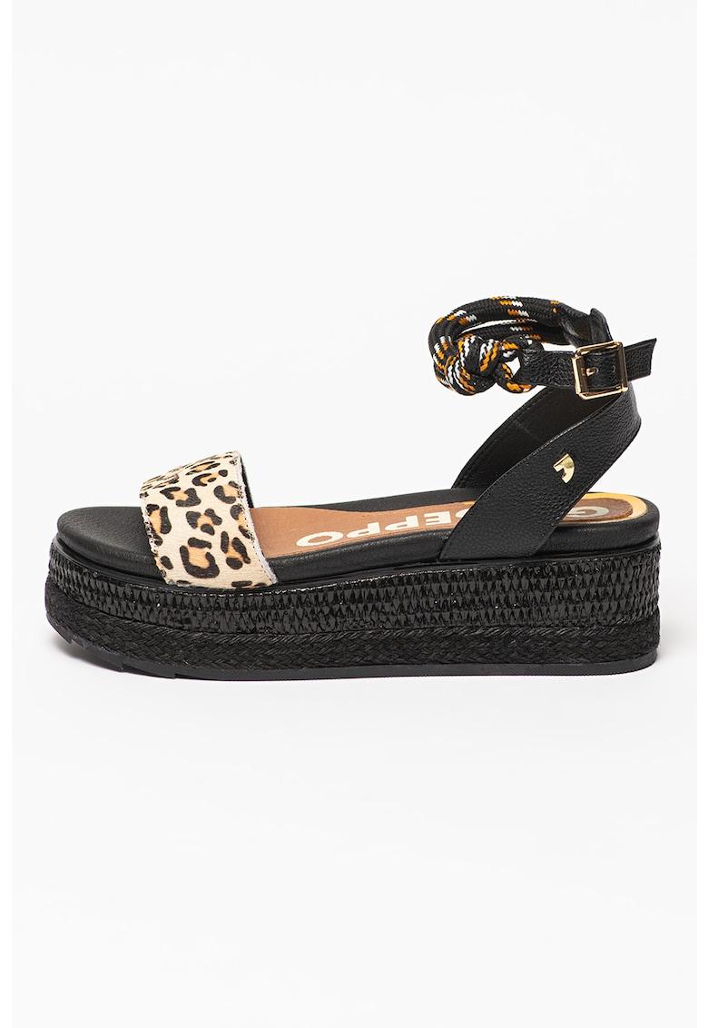 Sandale cu talpa wedge si insertii din piele cu par scurt Deaver