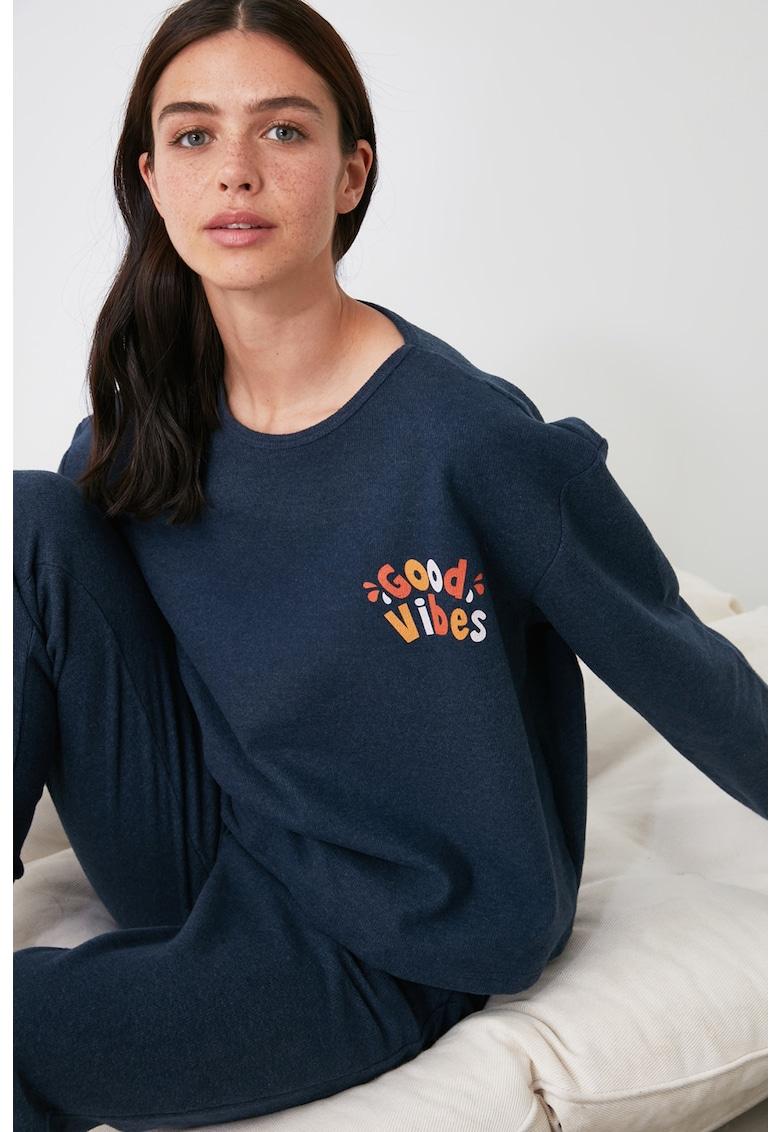 Pijama cu imprimeu si buzunare laterale