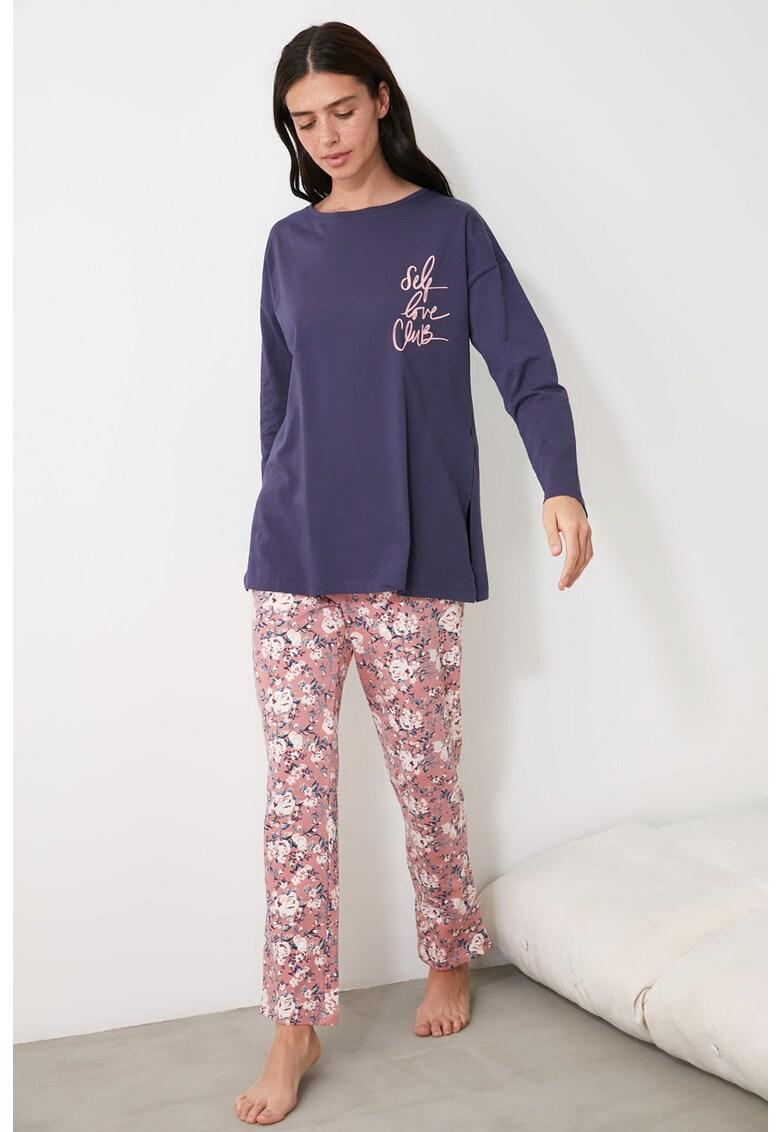 Bluza si pantaloni de pijama cu model floral imagine