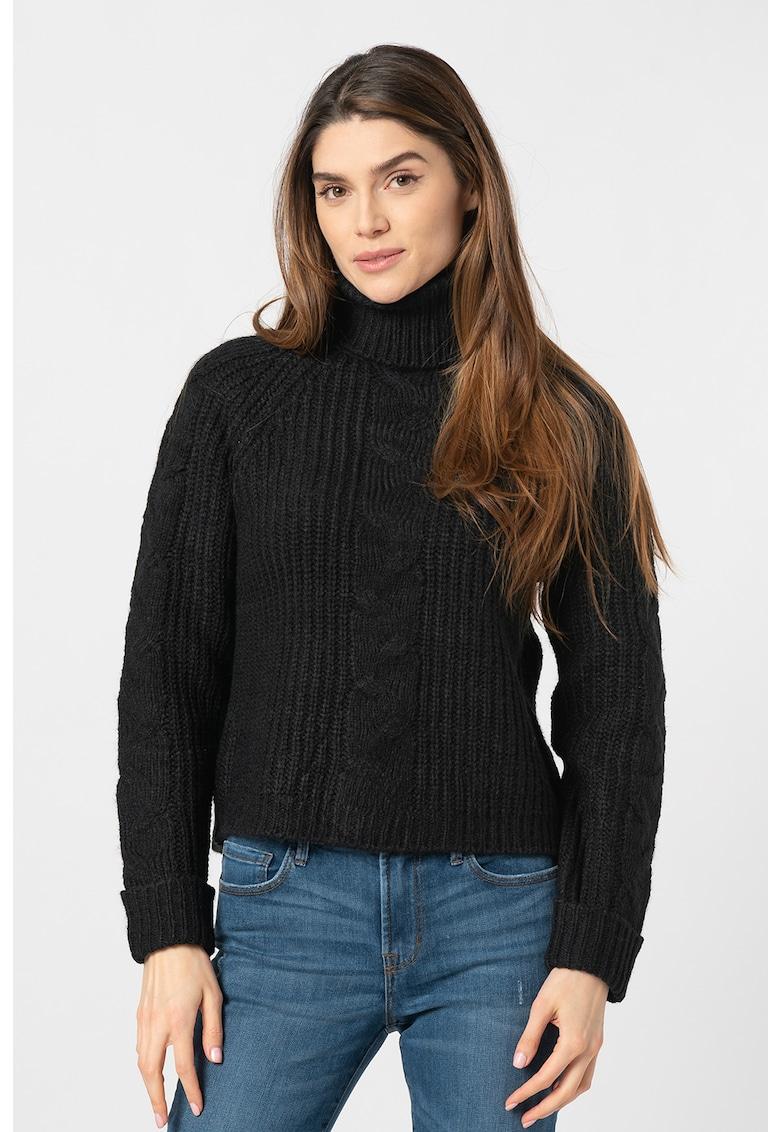 Pulover tricotat fin cu guler inalt Daisy