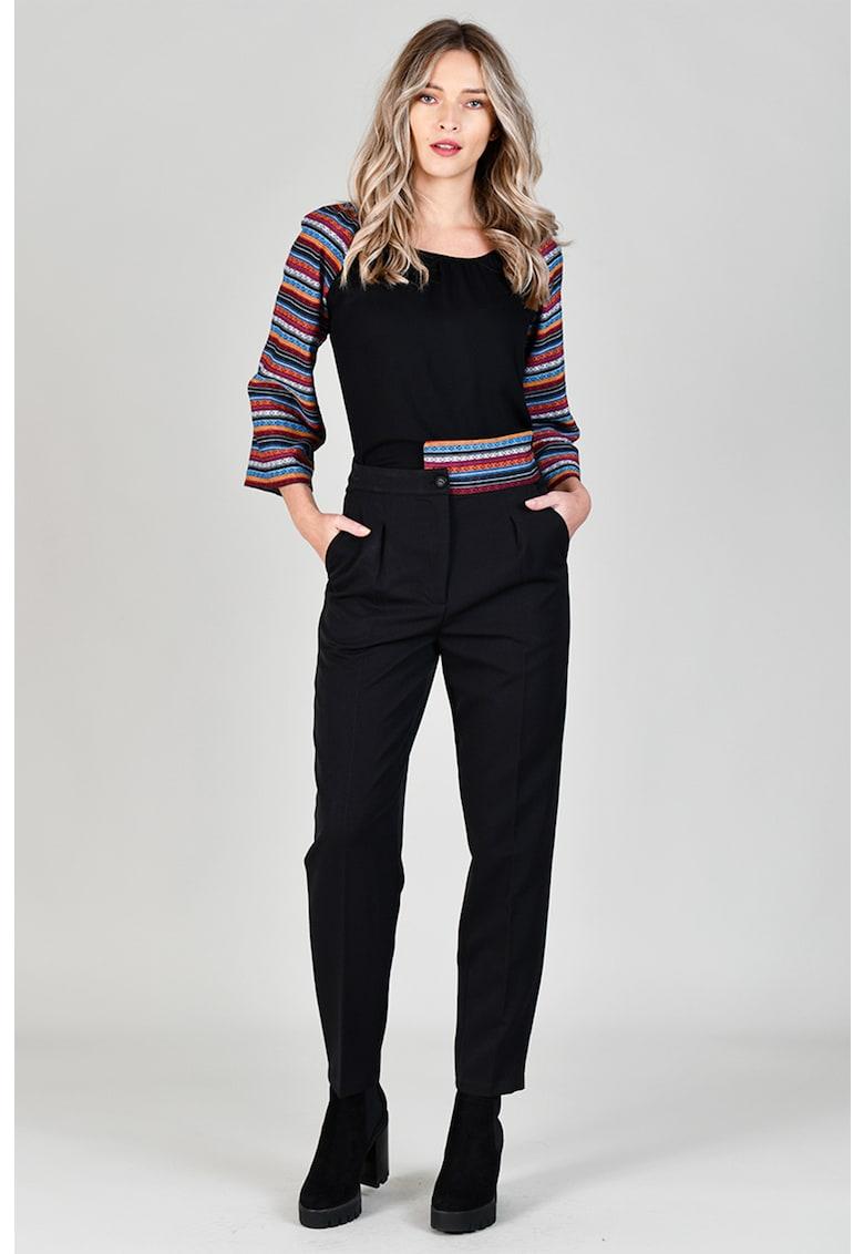 Pantaloni conici cu pensa frontala poza fashiondays