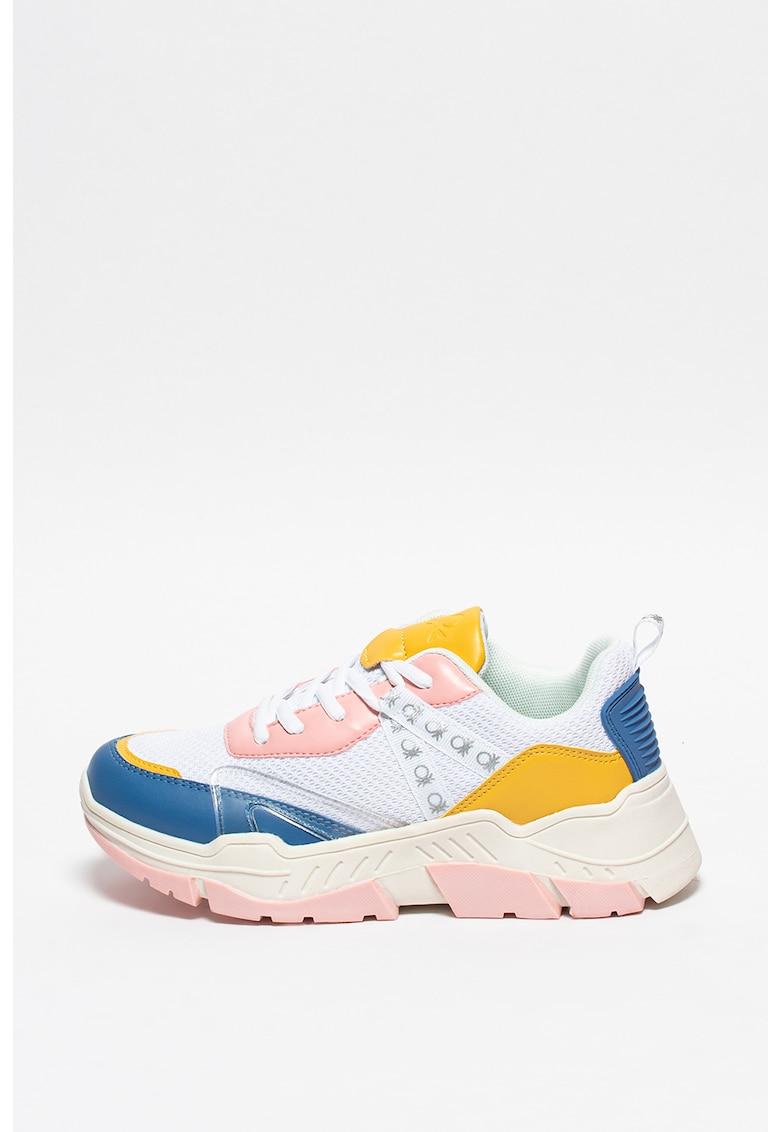 Pantofi sport de piele ecologica cu garnituri de material textil si detalii logo imagine