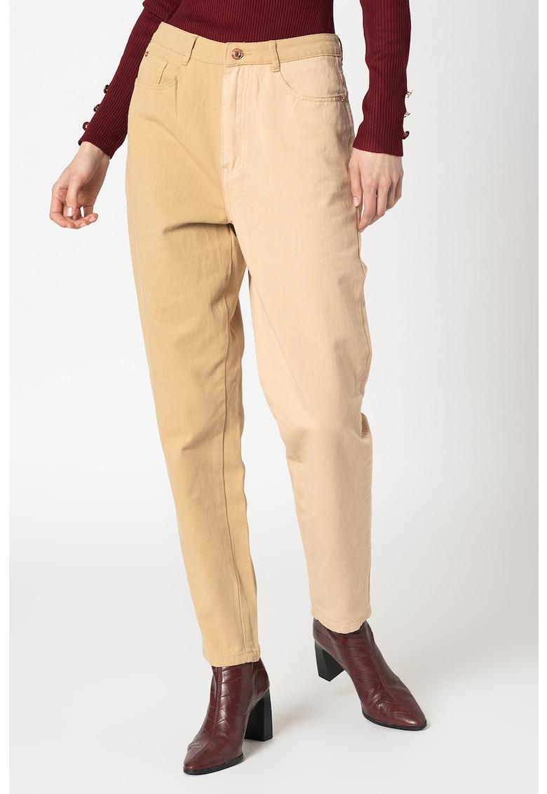 Pantaloni conici cu model colorblock