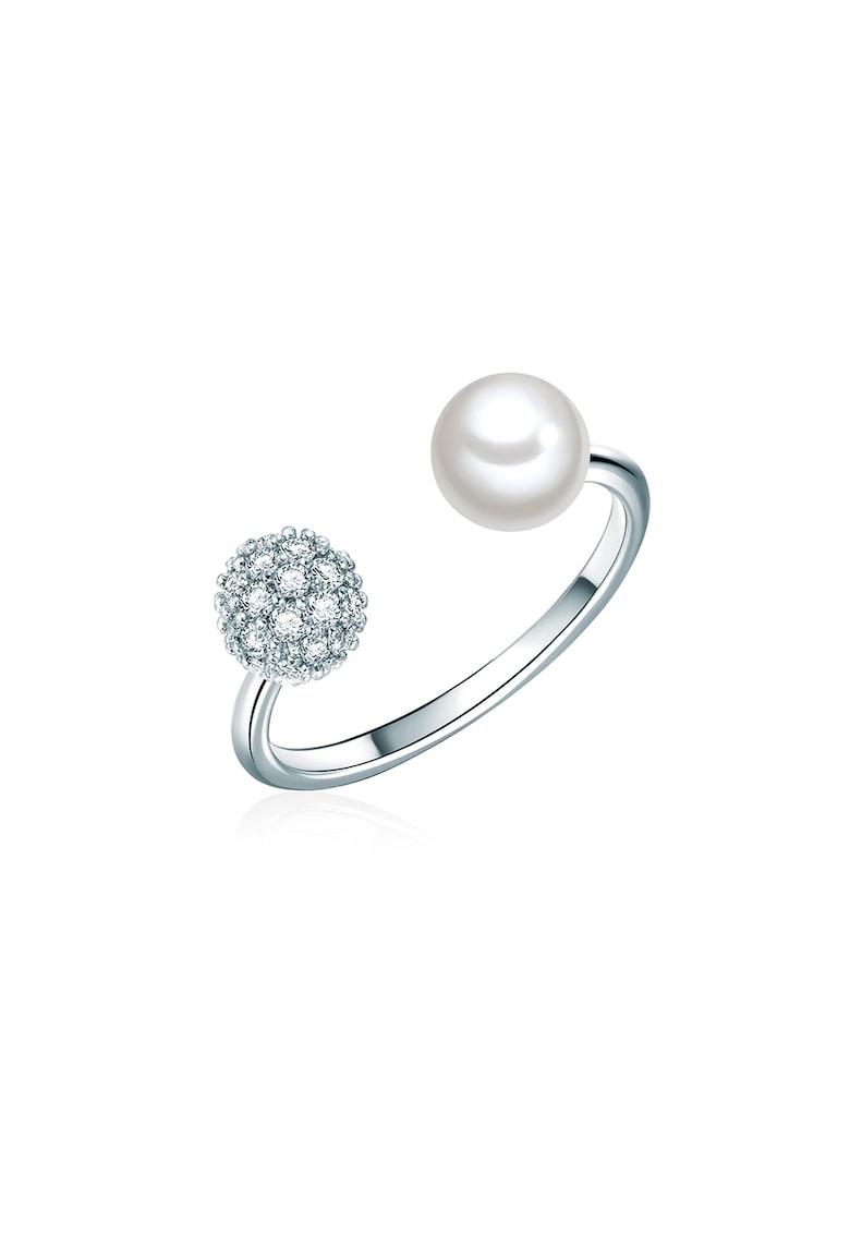 Inel decorat cu perle organice si cu cristale din zirconia
