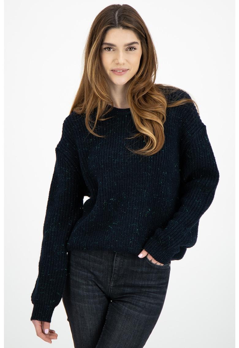 Pulover tricotat cu fire stralucitoare