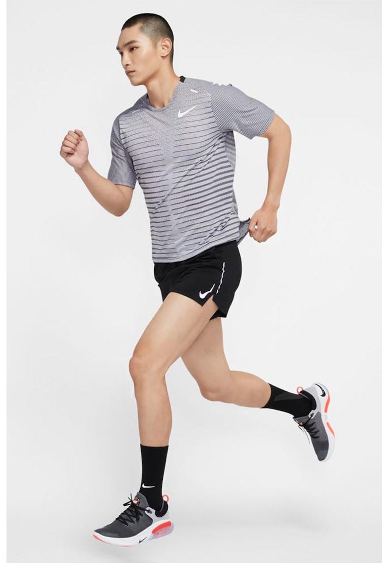 Tricou cu tehnologie Dri-FIT pentru alergare TechKnit Future Fast imagine