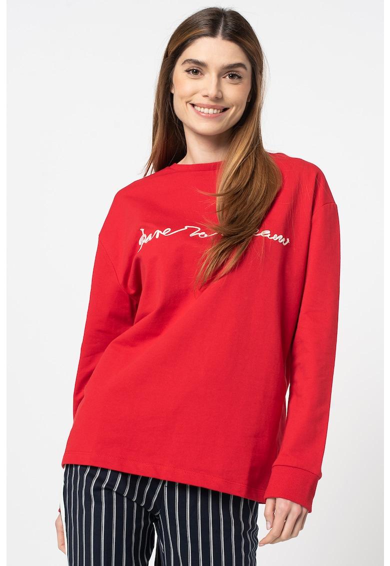 Bluza sport cu aplicatie text Larissa imagine fashiondays.ro Z ONE by ZABAIONE