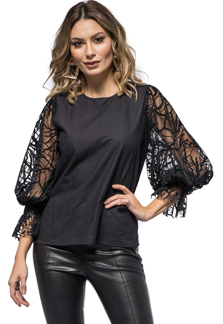 Bluza cu maneci de dantela Isadora de la CASA DE MODA VIGO