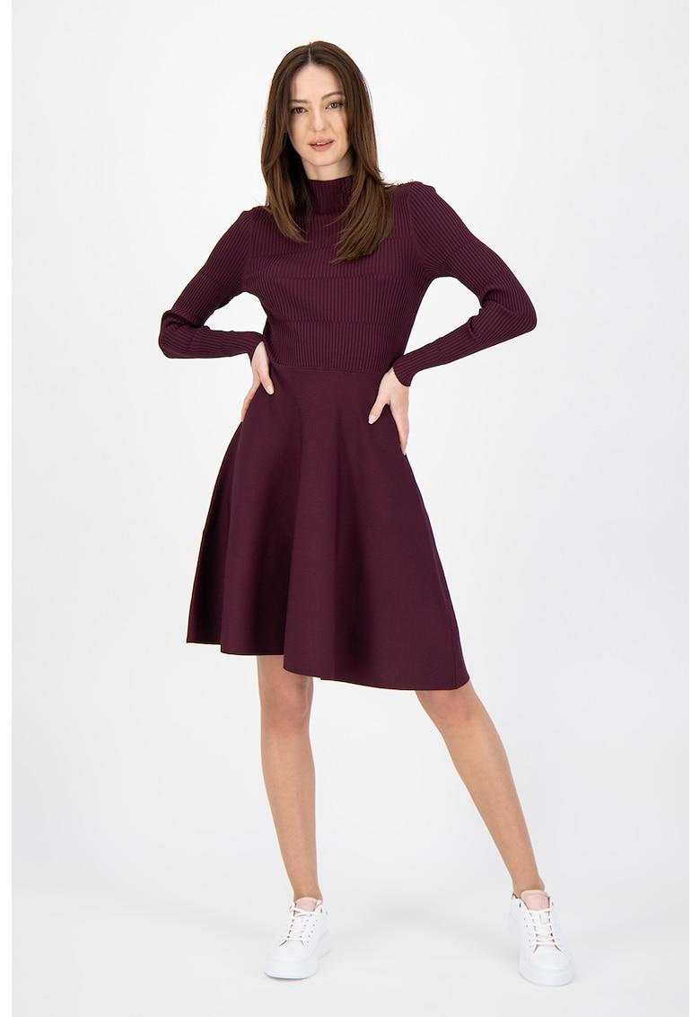 Rochie tricotata cu maneci lungi
