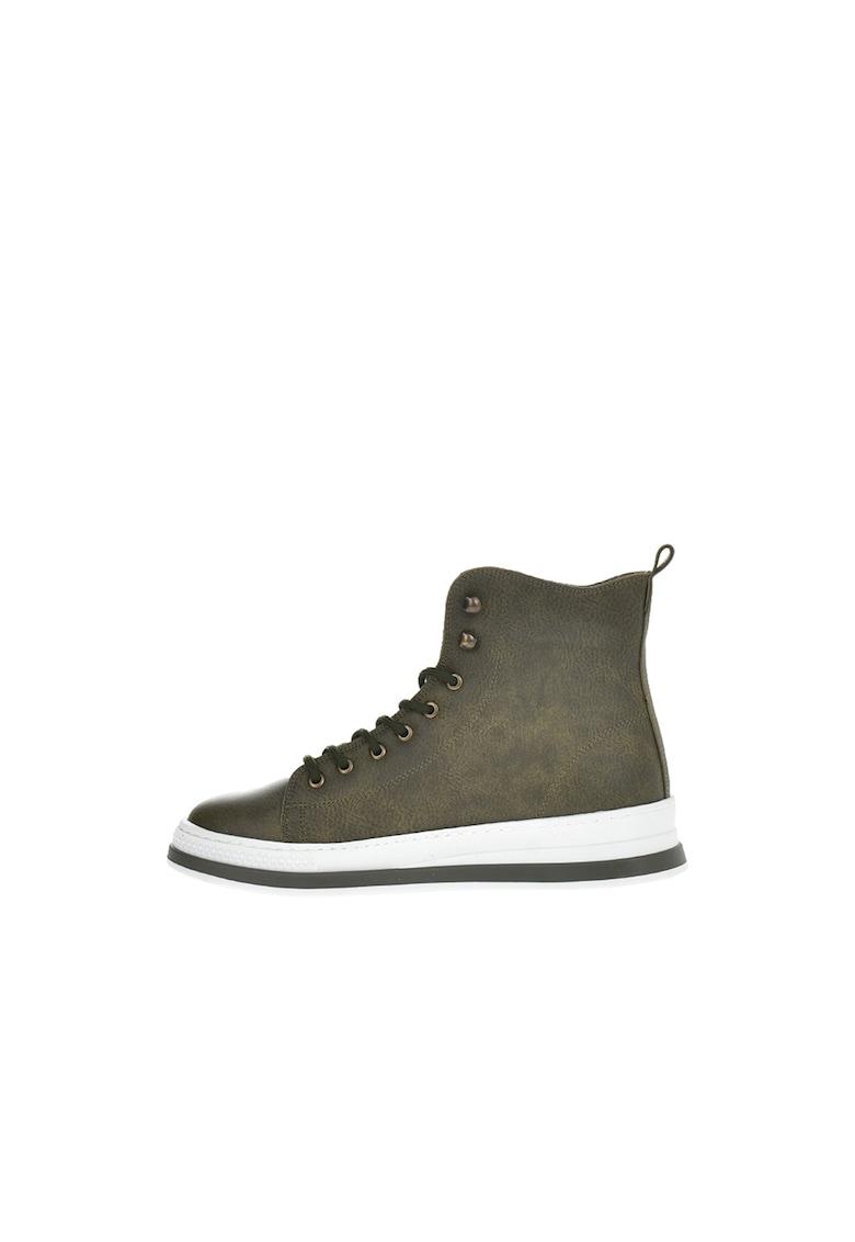 Pantofi sport mid-high de piele ecologica cu logo discret