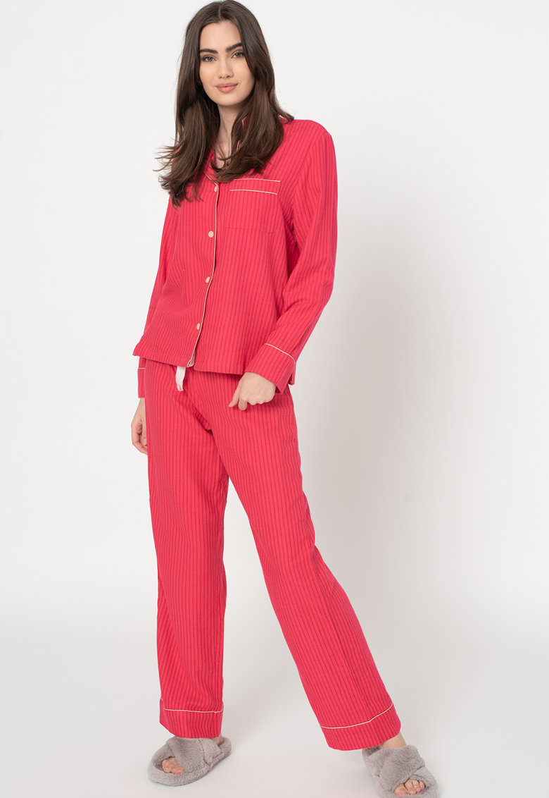 Pijama de flanel cu model de la GAP