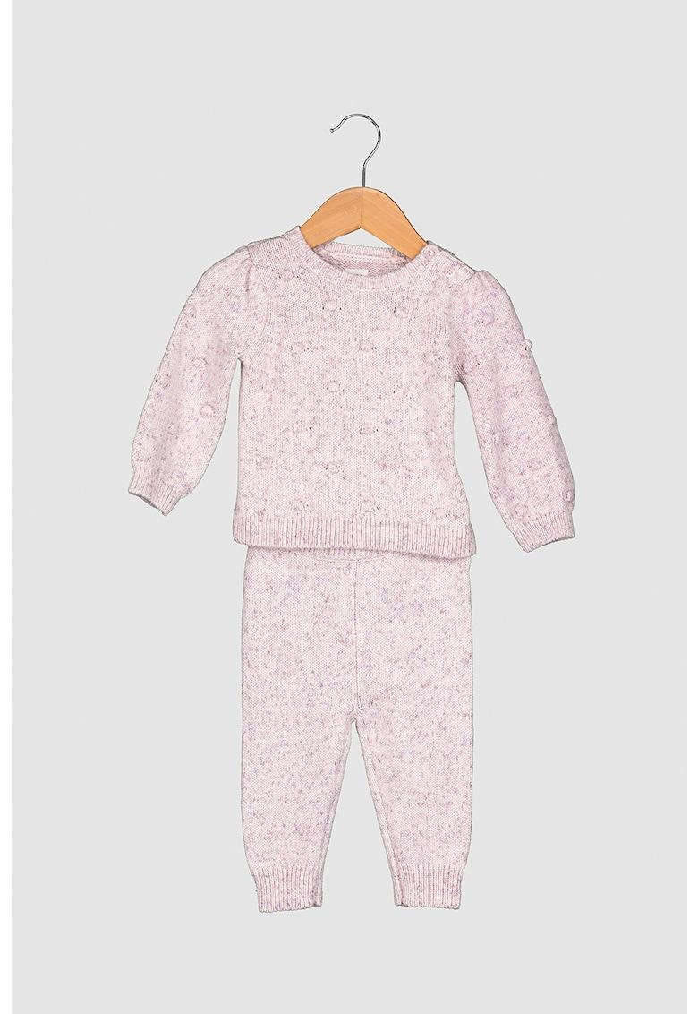 Set de pulover si pantaloni din tricot imagine fashiondays.ro 2021