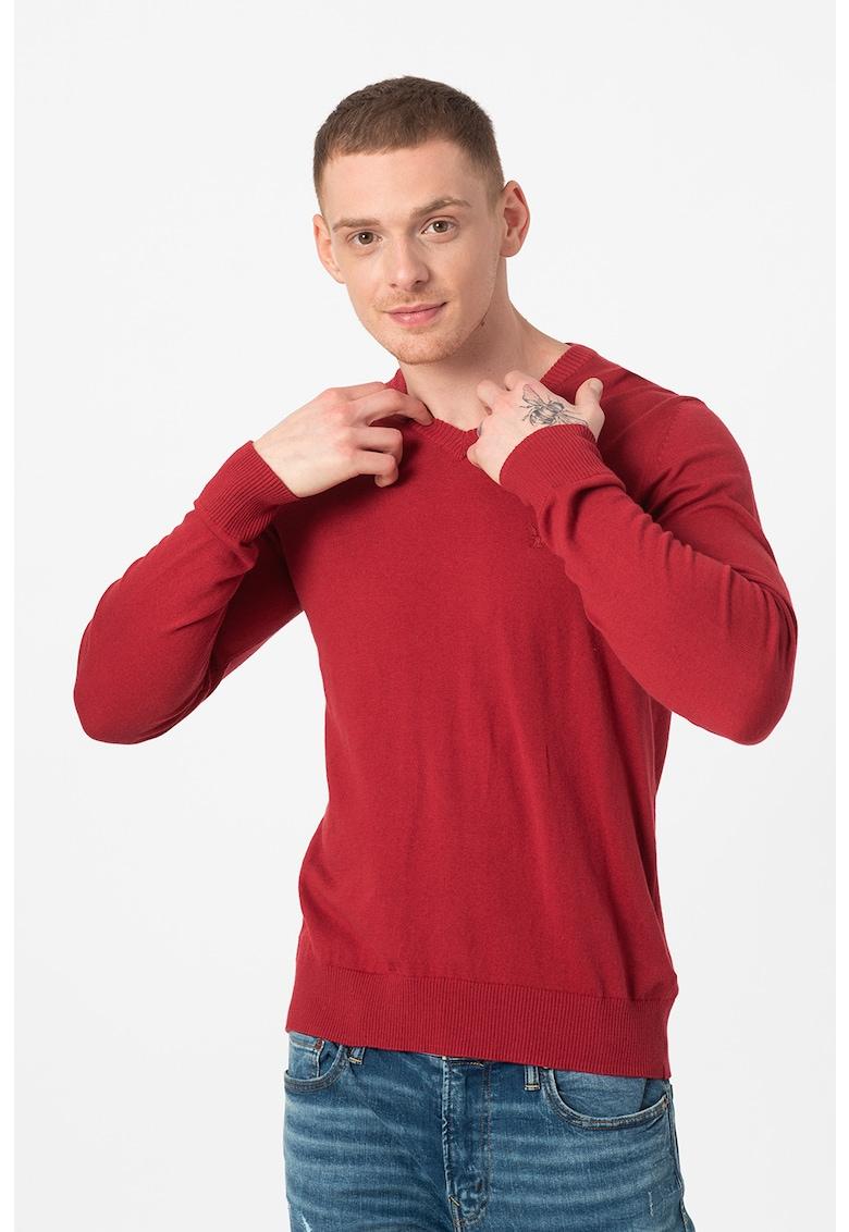 Pulover tricotat fin cu decolteu in V