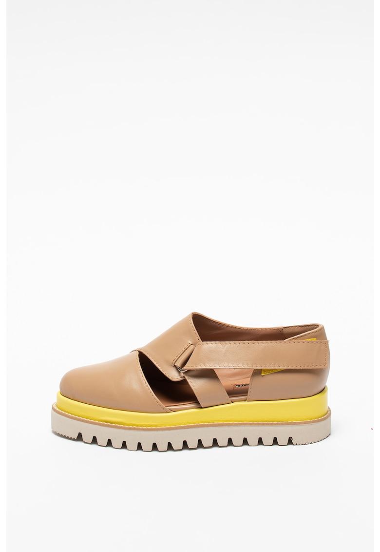 Pantofi casual din piele cu decupaje